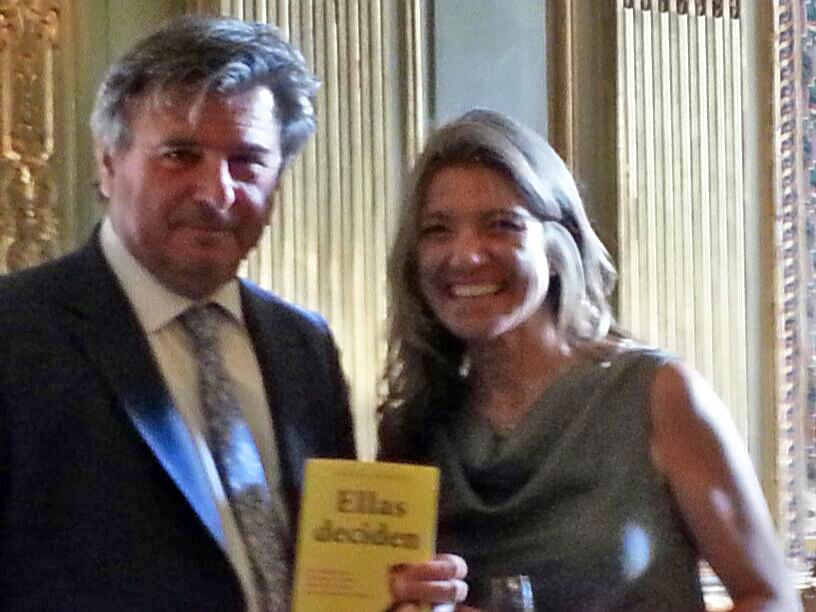 Gemma y embajador Bastarreche en Paris